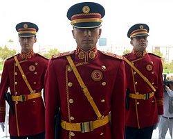 Meclis Polisine Tartışma Yaratacak Üniforma