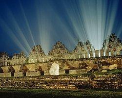 'Mayalar 2012'Nin Binlerce Yıl Ötesini Gördü'