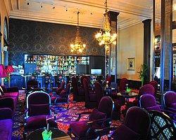 Kargalar Kafeste Yarın Orient Bar'da