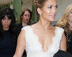 Jennifer Lopez'in Tek Taş Yüzüğü