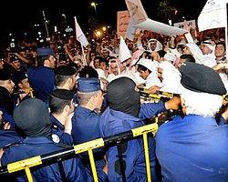 Kuveyt'te Tarihi Protesto