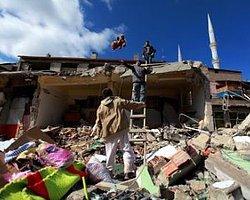 """""""13.41 Fotoğraflarla Van Depremi"""" Sergisi"""