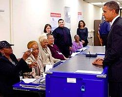 Obama Seçimden 12 Gün Önce Oy Kullanacak
