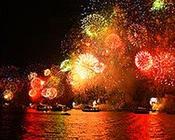 İbb'den Boğaz'da Havai Fişekli Muhteşem 29 Ekim Kutlaması