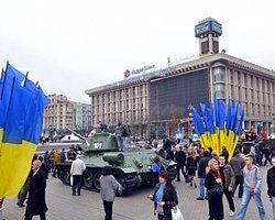 Ukrayna'da Seçimden İlk Sonuçlar