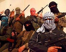 Suriyeli Muhalifler Petrol Sahası Ele Geçirdi