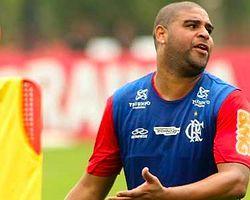 Adriano Yine Ayrıldı!