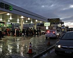 New York'ta Petrol Karneye Bağlandı