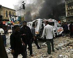 Pakistan'da Pazar Yerinde Patlama