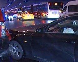 Boğaziçi Köprüsü'nde 13 Araç Birbirine Girdi