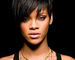 Rihanna'dan Hastanaye 1.7 Milyon Dolar Bağış