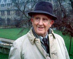 Fantastik Dünyanın Efendisi: J.R.R. Tolkien