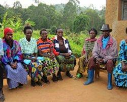 Ruanda'nın Yaralarını Kadınlar Sarıyor