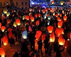 Ak Partililer Gökyüzüne 2071 Dilek Feneri Bıraktı