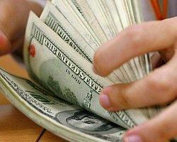 16 Yıllık Maaşı Kadar Para Buldu, Polise Teslim Etti