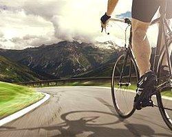 Bisikletle 105 Günde Dünyayı Dolaştı, Rekor Kırdı