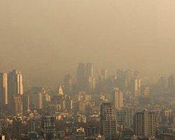 Tahran'da Yine Hava Kirliliği Tatili