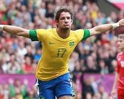 Ve Pato Corinthians'ta...