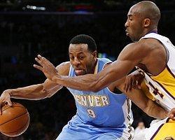 Denver, Lakers'ı Devirdi