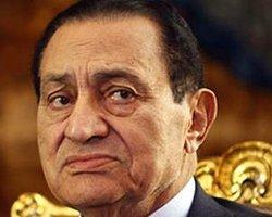 Mısır Yargısı Mübarek İle Uzlaşacak