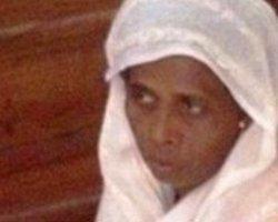 Kızının İnfazında Israr Edenleri Bağışladı