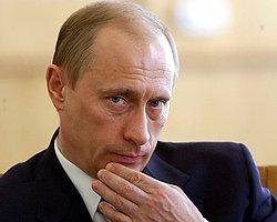 """Batı Basını Putin'i Yine """"Baba"""" Yaptı"""