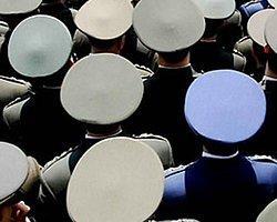 'Alkol Ve Kumara Düşkünlük' Ordudan Atılma Nedeni Oldu