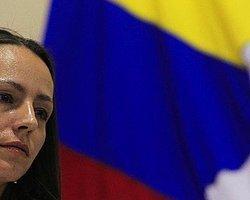 Kolombiya Barış Görüşmelerinde Hollandalı Kadın Gerilla