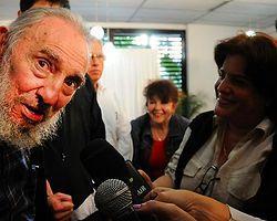 Fidel Castro Aylar Sonra İlk kez Halkın Karşısına Çıktı