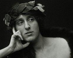 """Bir """"Dalgacı"""" Olarak Virginia Woolf"""