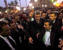 Ahmedinejad'a Saldırı Girişimi