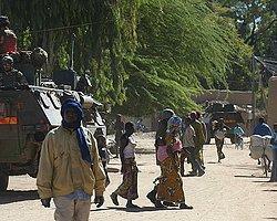 Mali'ye Yardımlar Yetersiz