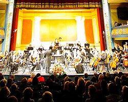 New York Filarmoni Geliyor