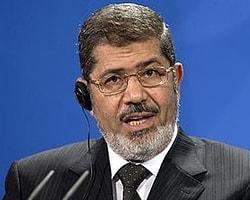Mısır Cumhurbaşkanı Geri Adım Attı