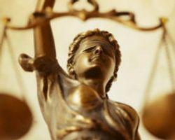 İngiltere'de Gizli Mahkeme Tartışması Büyüyor