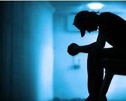 İngiltere'de Genç İntiharlarında Korkutan Artış