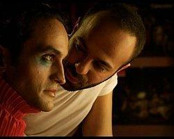 CHP'den 'Gay Belgeseli' Talebi