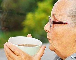 Kahve Ve Yeşil Çay Felç Riskini Azaltıyor