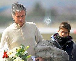 Mourinho, G.Saray Soyunma Odasında