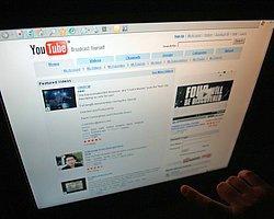 """Tacikistan """"Youtube""""a Erişimi Engelledi"""