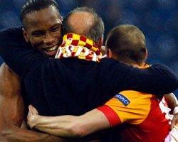 Mourinho, Drogba'ya ''Why Not?'' Dedi!