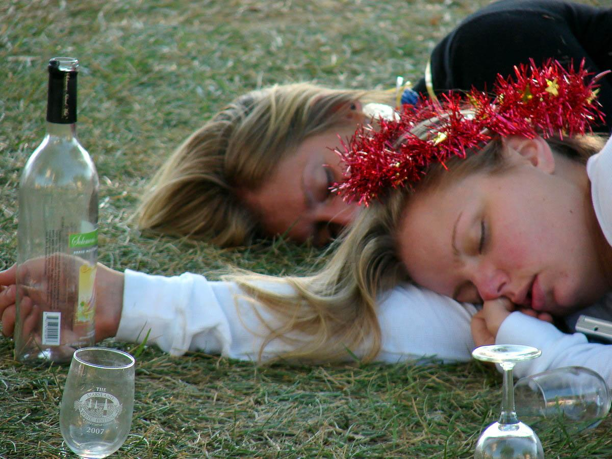 Русские девушки напились 6 фотография