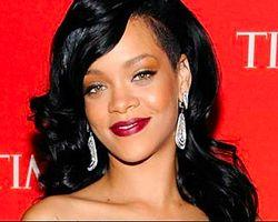 Rihanna'dan Topshop'a 5 Milyon Dolarlık Dava