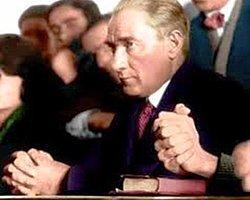 Atatürk'ün Cumhuriyeti Emanet Ettiği Gençlik,  AKP İktidarında Allah'a Emanet