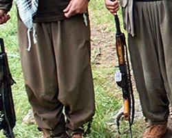 İki PKK'lının Üzerinden Cephane Çıktı!