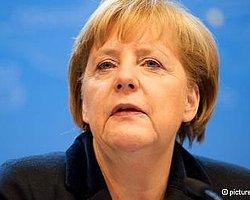 Merkel'in Türkiye Politikasına Eleştiri