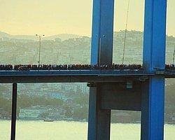 Onbinler Taksim'e Yürüyor