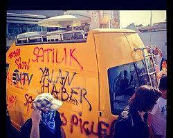 Taksim'de Sadece Halk Var