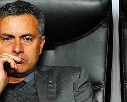 Mourinho: 'Hafta Sonuna Kadar Chelsea'nin Başına...'