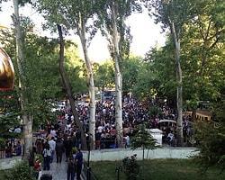 Ankara'da ODTÜ'lülerin Yürüyüşüne Polis Müdahale Etti